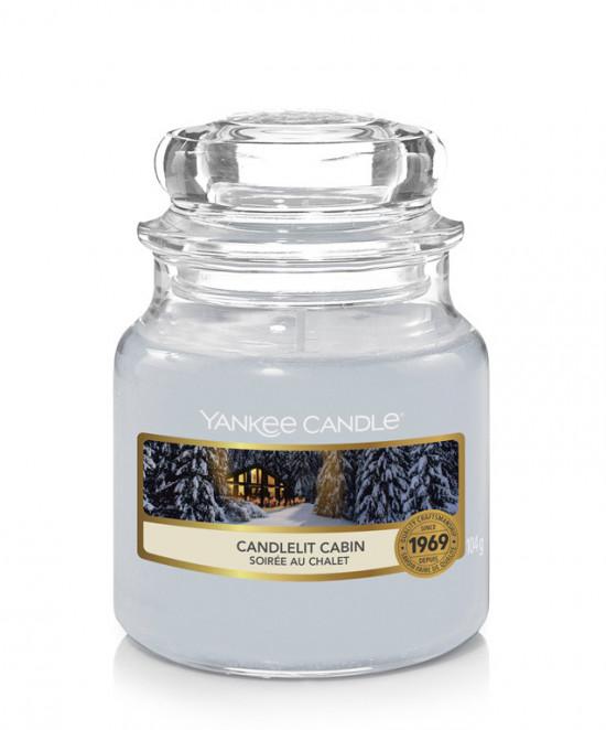 Aromatická svíčka, Yankee Candle Candlelit Cabin, hoření až 30 hod