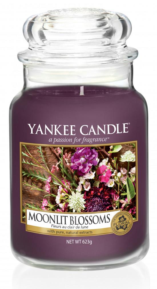 Aromatická svíčka, Yankee Candle Moonlight Blossoms, hoření až 150 hod-207