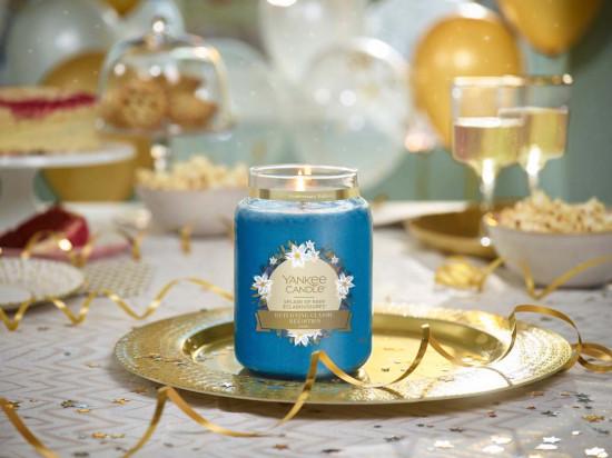 Aromatická svíčka, Yankee Candle Splash of Rain, hoření až 150 hod-727