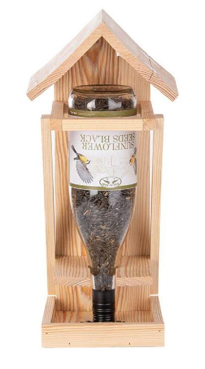 Dřevěné stojací krmítko pro ptáky na lahve, Esschert Design WINE, přírodní
