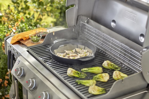 Litinový wok s pařákem, Weber GOURMET BBQ SYSTEM-1689