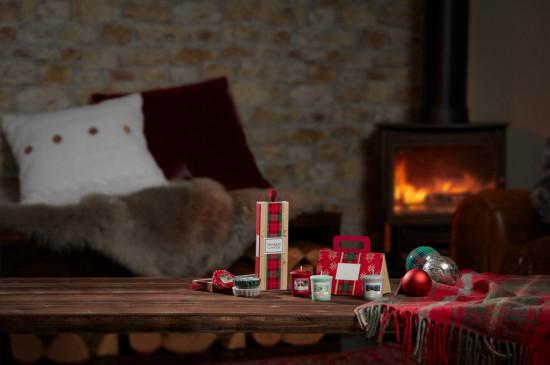 Vánoční dárková sada, Aromatické vosky Yankee Candle 3 ks, provonění až 3 x 8 hod-201