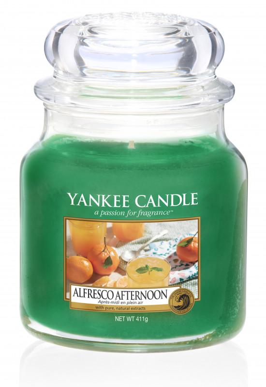 Yankee Candle svíčka classic střední Alfresco Afternoon-526