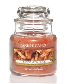 Aromatická svíčka, Yankee Candle Cinnamon Stick, hoření až 30 hod