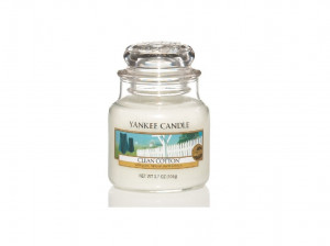 Svíčka Yankee Candle CLEAN COTTON classic malý