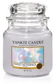 Yankee Candle svíčka classic střední Sweet Nothings
