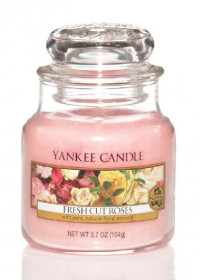 YANKEE svíčka sklo1 Fresh Cut Roses